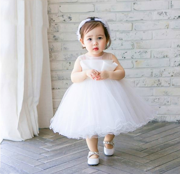 Flower girl dress, White flower girl dress, White baptism dress, Junior bridesmaid dress, Baby girl birthday outfit, Custom made flower girl dress, Christening gown, Free shipping flower girl dress